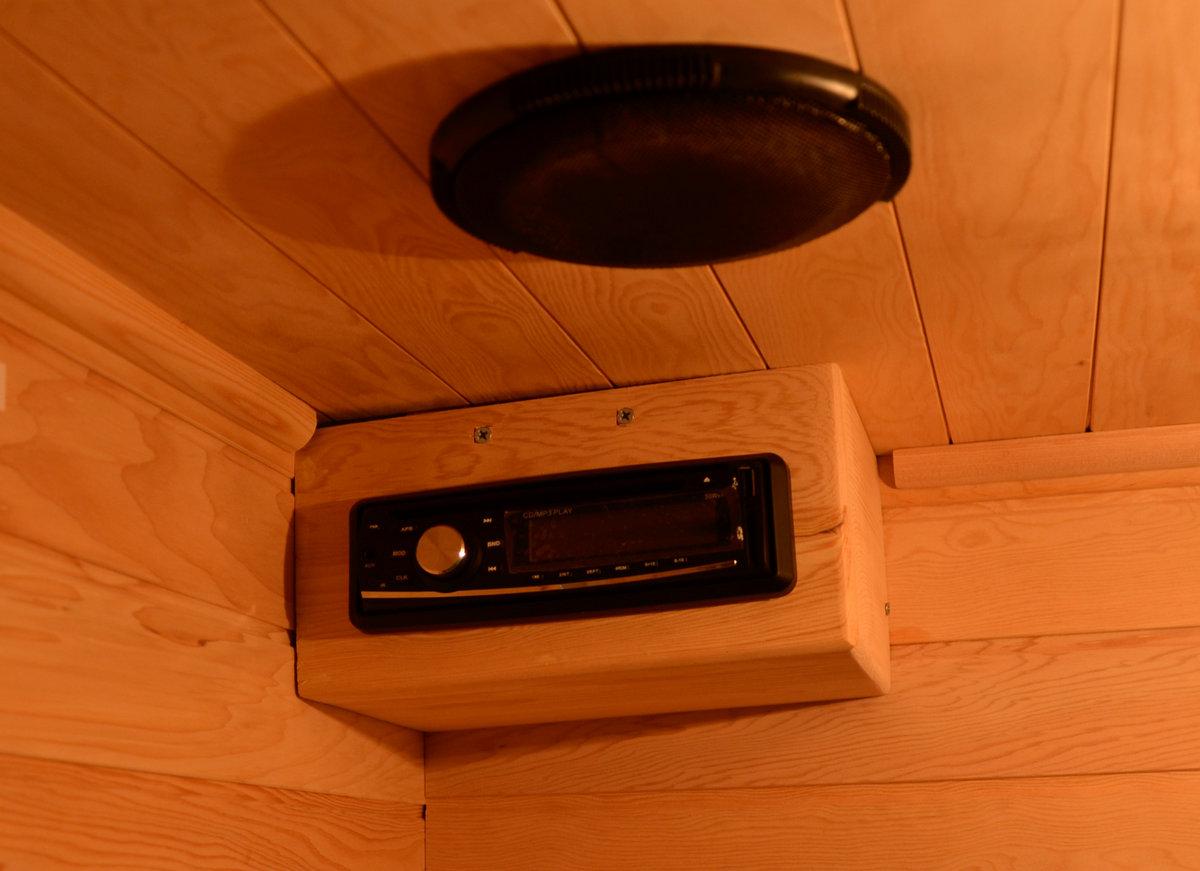 bionwell-3-szemelyes-kültéri-infraszauna-beepitett-radio-hangszorok